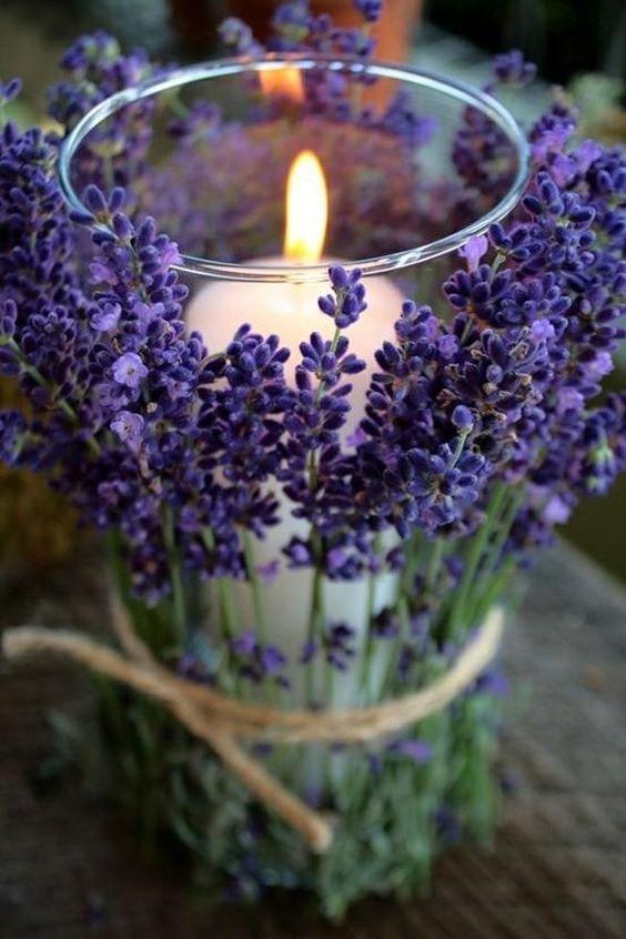 decorazione matrimonio candela con lavanda