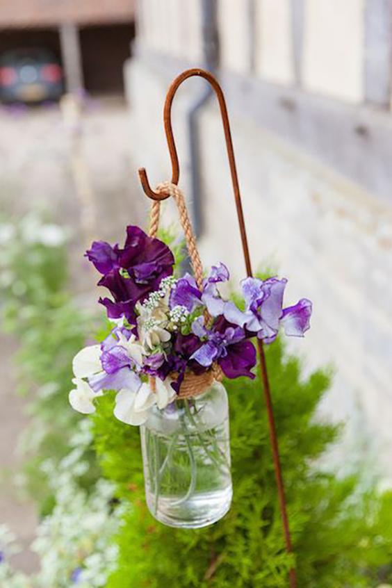 decorazione matrimonio lanterna con fiori viola