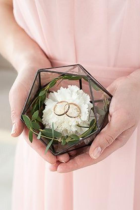 porta anelli in rame con fiori e foglie