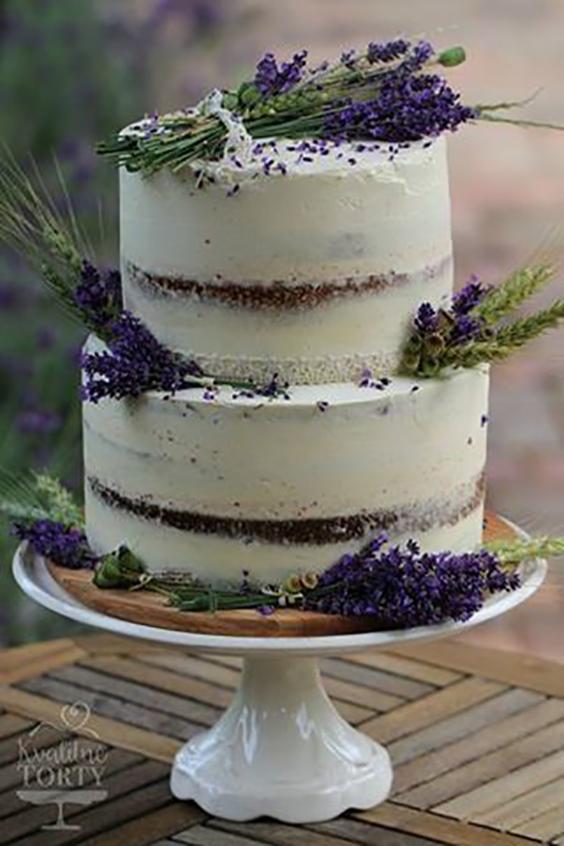 torta matrimonio viola con lavanda