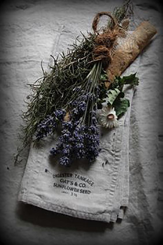 lavanda-rosmarino-margherite-mazzetto