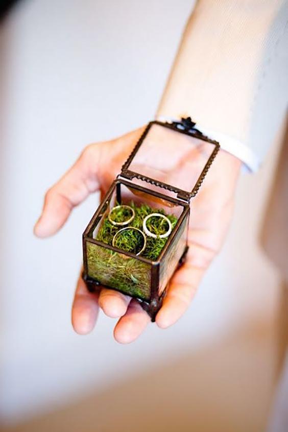 scatola-porta-anelli-muschio