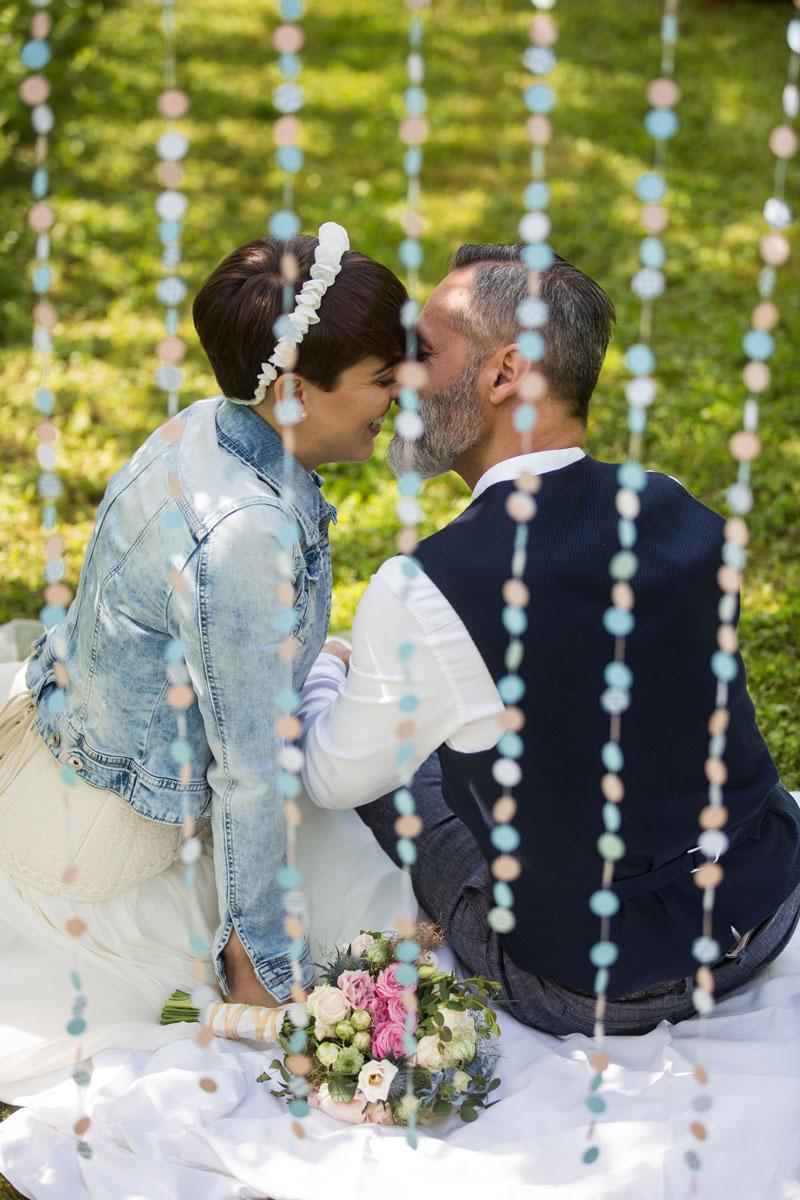 allestimento matrimonio ghirlanda coriandoli