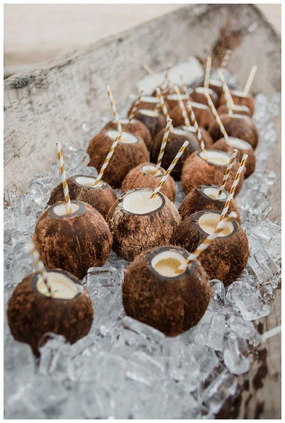 espositore di noci di cocco
